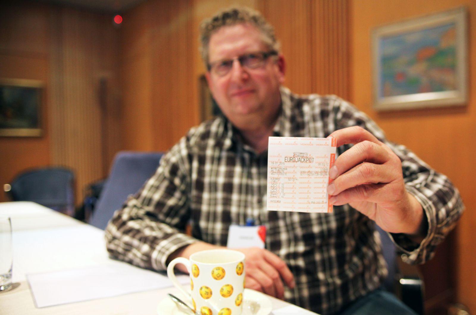 Eurojackpotin onnenpekka arpoi lottorivin - Veikkaus
